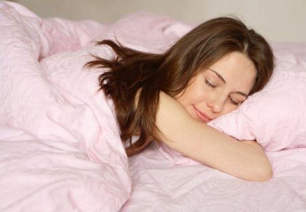 Учёные выяснили, почему людям хочется спать на работе