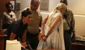 Линдси Лохан в наручниках. Тюрьма.